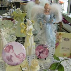 Baraboo-gift-shop-angel-collectible-figurine