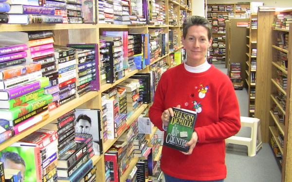Main-St-Books-Dana