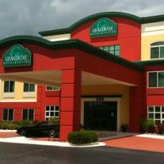 GrandStay Hotel & Suites-appleton-wi