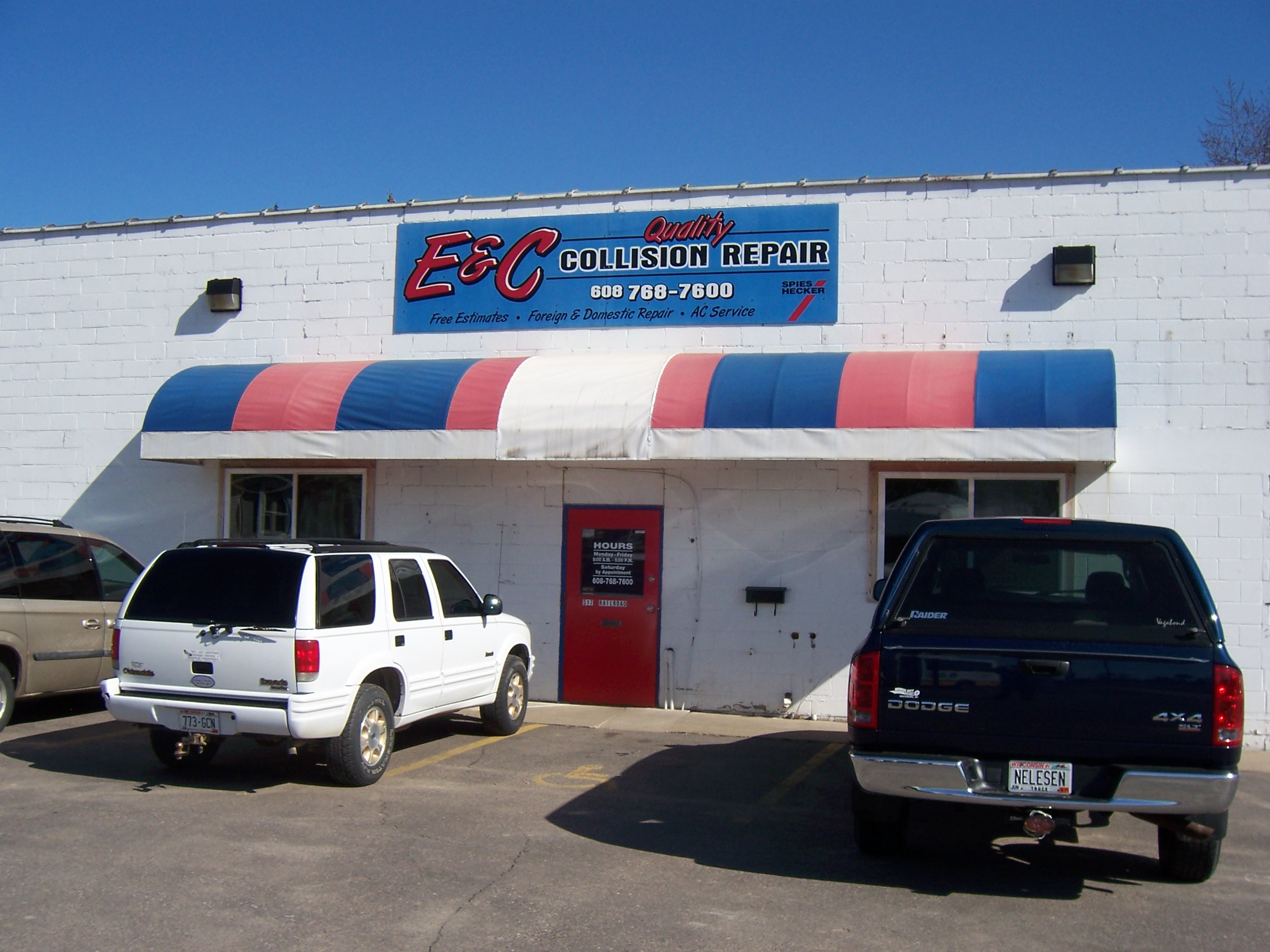 Quality Body Shop >> E C Quality Collision Repair Body Shop Wisconsin Travel